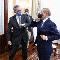 Danilo entregará banda presidencial a Abinader; no irá al salón de la Asamblea por pandemia