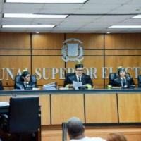 PLD pierde dos diputados por sentencias del TSE, pasan al PRM y PHD