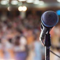 VIDEO: Así se puede propagar el covid-19 cuando varias personas cantan juntas