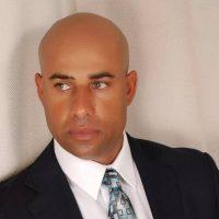 Arrestan expelotero Miguel Batista por supuesta amenaza a expareja