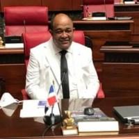 Senador Montecristi: 'pido excusas a la sociedad y al Senado'