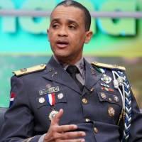 Abinader destituye a Edward Sánchez como director de la Policía Nacional