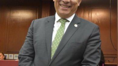 Aprueban licencia de Adrián López