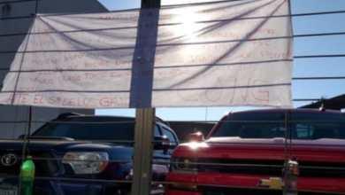 """Vuelven a dejar """"narcomantas"""" en Uruapan"""