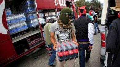 Saquean normalistas de Morelia camiones de Coca Cola