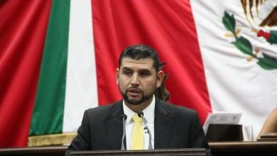 Revisan convocatoria e imagen para VII Parlamento Juvenil: Octavio Córdova