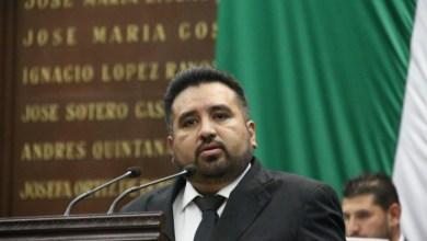 Buró de deudores alimentarios para evitar se burle la ley, propone Erik Juárez
