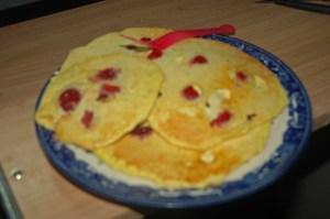 Raspberry pancakes make me happy