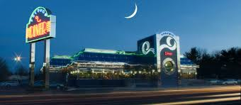 Was the moon photoshopped...who knows. Photo Credit from the Dolphin Diner website