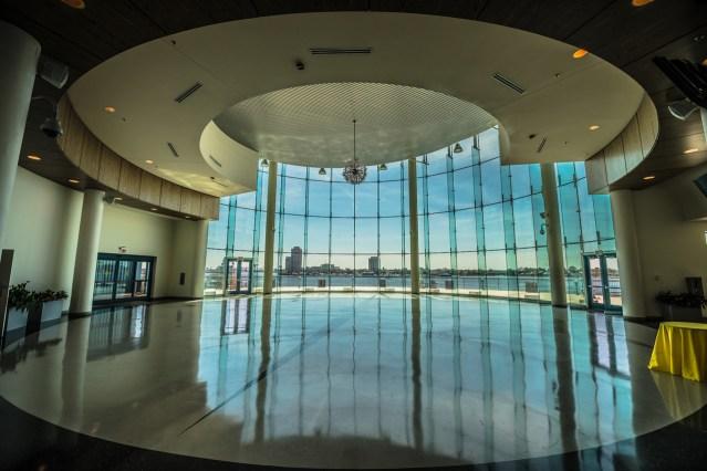 half moone cruise center 1