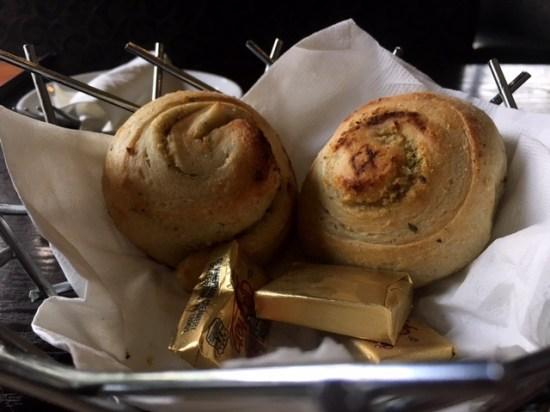 Millstone Diner garlic knot