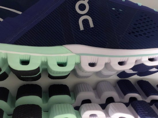 ON Cloudflow Shoe Review