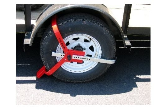 """Protect Your Trailer with """"The Club"""" Tire Claw XL or """"The Club"""" Wheel Club"""