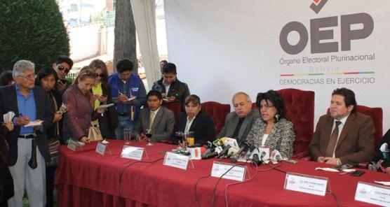 Conferencia de prensa del TSE, luego del acto central.