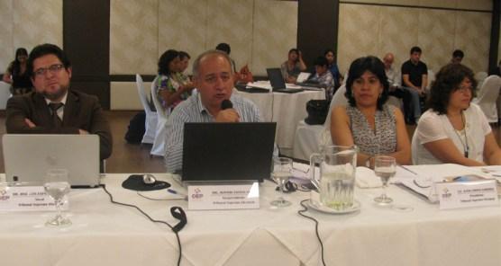 Vocal Antonio Costas, junto a sus colegas del TSE, toma la palabra.