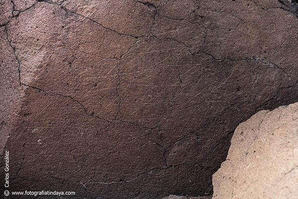Grabados rupestres de trazados geométricos