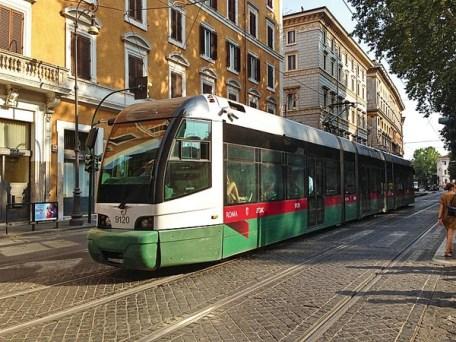 como usar o transporte público em roma