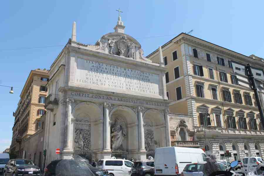 Fonte de Moises - Praças, fontes e obeliscos de Roma