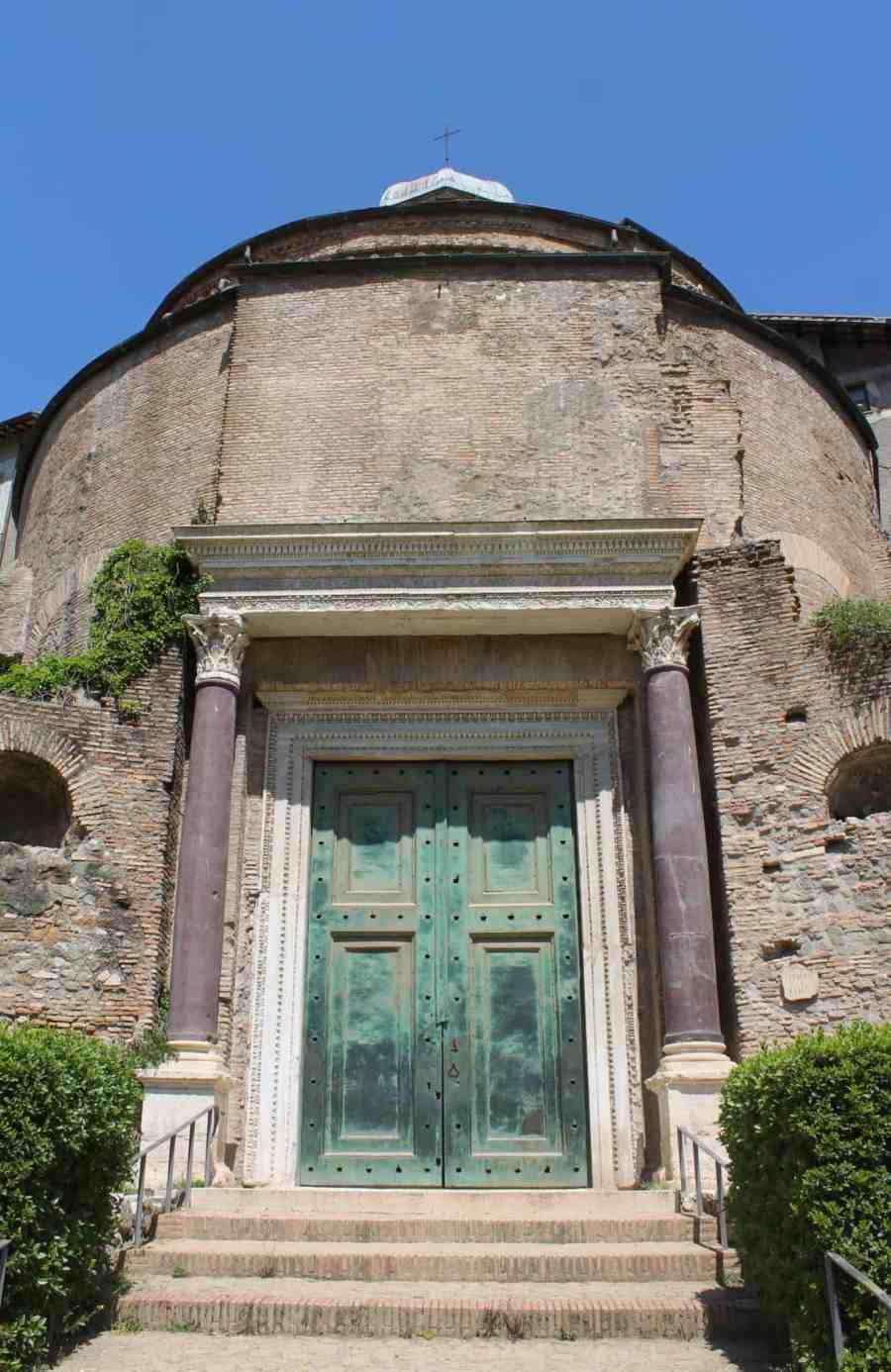 principais-atrações-para-visitar-no-Fórum-Romano-6