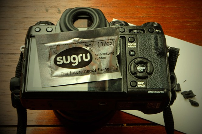 Sugru allowed me to raise the profile of my X-T1 4 way controller buttons which makes it easier to find them with my thumb while keeping my eye at that gorgeous viewfinder.