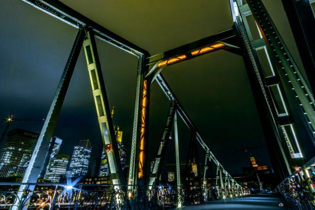 Frankfurt - Am Eisernen Steg IV | Fujifilm | X-T1 | 12mm