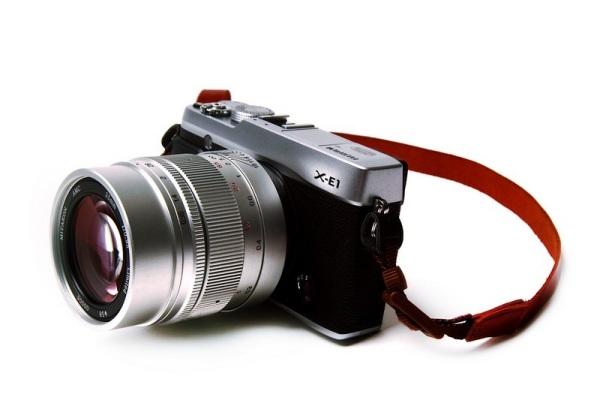 Mitakon 35mm f/0,95 acoplada a una Fuji X-E1