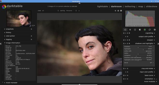 Interfaz del Darktable 1.6 editando un RAW de la Fuji X-T1.