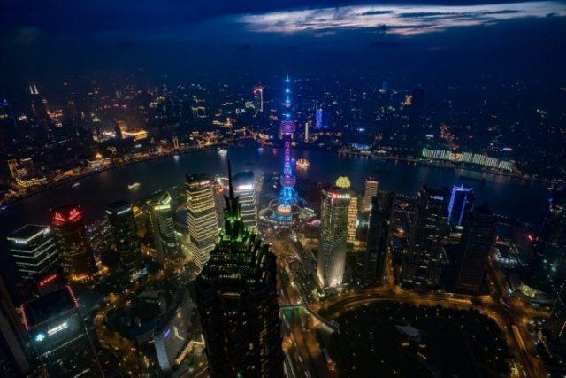 """Shangai Lights from the World Financial Center"" por Jordi Núñez, con Fuji X-T1."