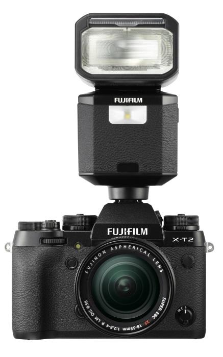 X-T2 con flash EF-X500.