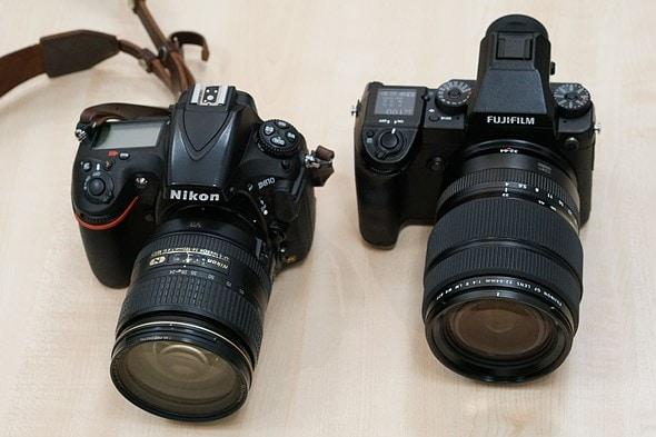 Comparativa de tamaño entre Fuji GFX-50S y Nikon D810.