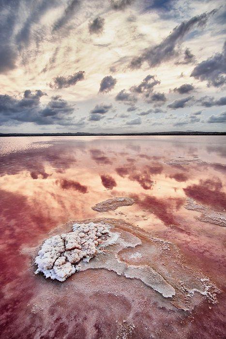 """""""La laguna rosada"""" por Fran Cegarra, con Fuji X-Pro2 + Samyang 12mm F2."""