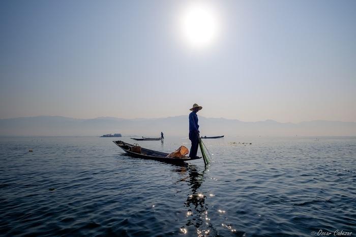 """""""Pescando en el lago"""" por Óscar Cabezas, con Fuji X-T10 + XF 10-24mm F4."""
