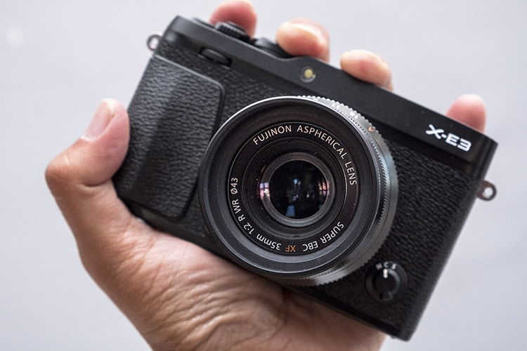 Fuji X-E3 + XF 35mm F2 R WR.