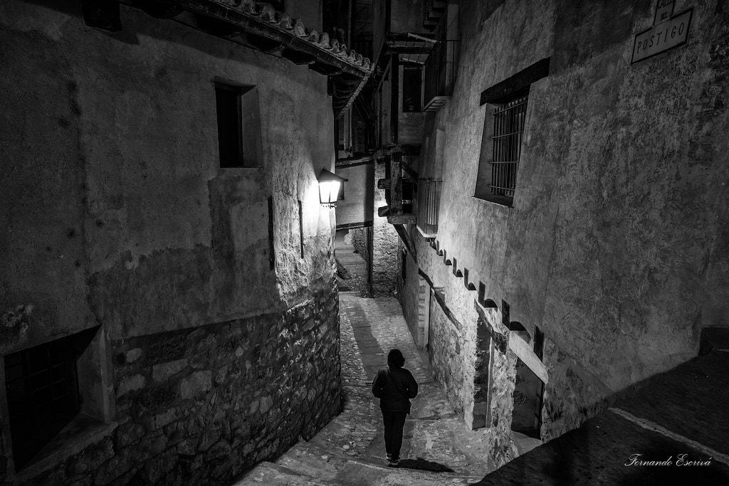 """""""Por las calles de Albarracin"""" por Fernando Escrivá. X-T10 + XC 16-50mm."""