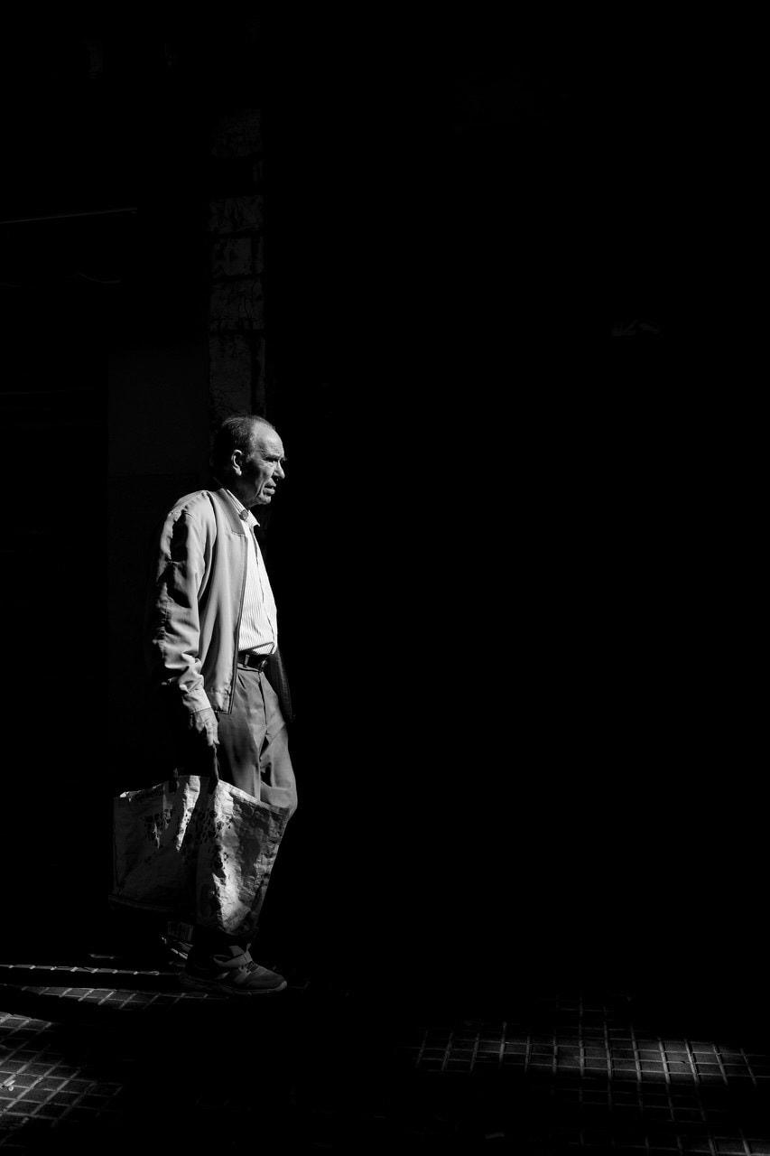 """Mención especial: """"In the light"""" por Eduardo Morillar.  X-T2 + XF 23mm F1.4 R."""