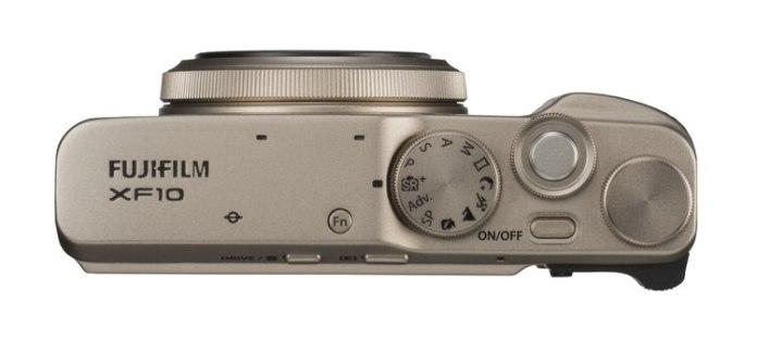 Fujifilm XF10 arriba.