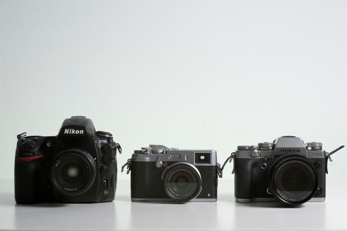 D700, X100S, X-T3.
