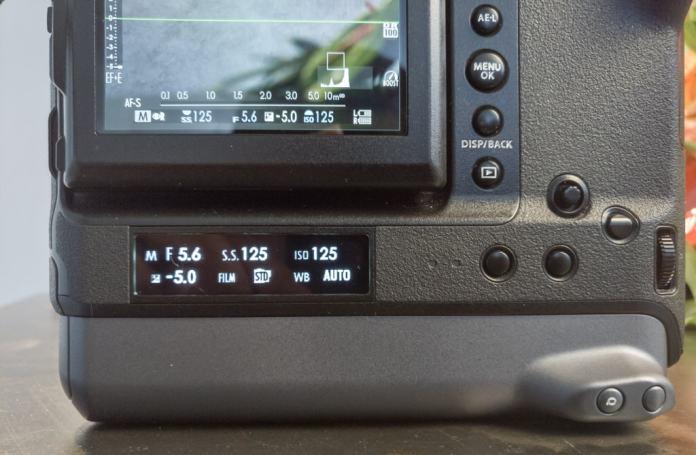 Sub-monitor de la GFX 100.