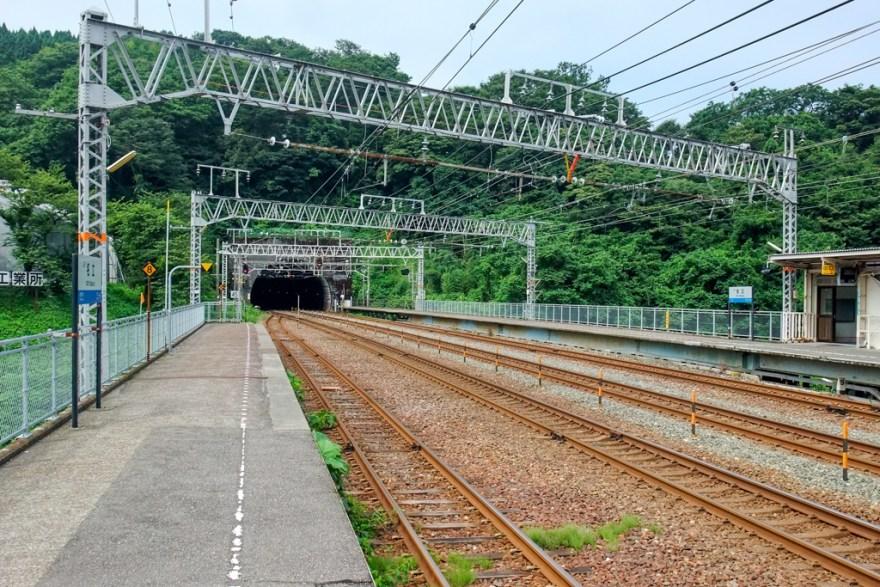 名立駅ホーム