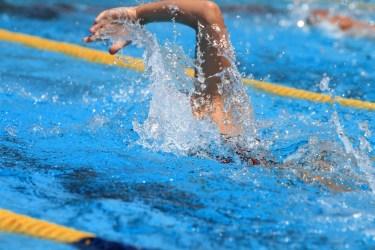 水泳の大会の時の食事のとり方。前日や朝食、合間の栄養補給