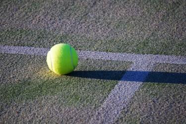 スライスの打ち方とは?テニスのスライスを打つコツ