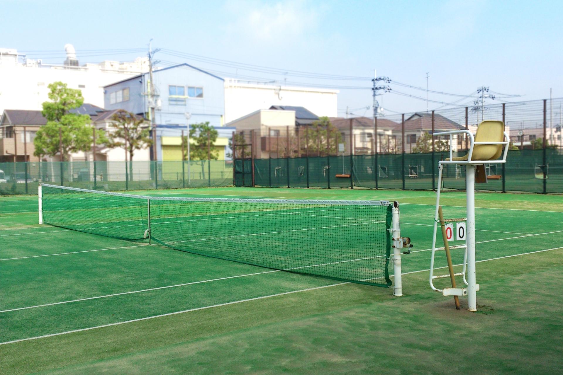 テニス初心者が社会人からでも楽しめるオススメなテニスの始め方
