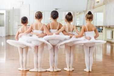 バレエは基礎が大事!子供のうちからしっかり見付けさせよう
