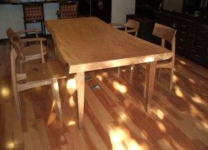 栃一枚板ダイニイングテーブル