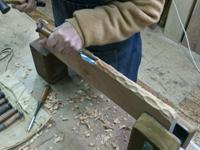 無垢丸テーブル 手彫り