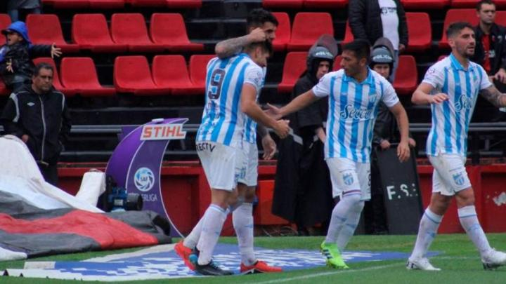 Superliga: El Decano sigue derecho y en plena levantada