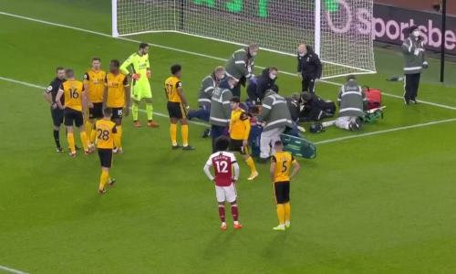 Repetición Brutal Golpe de Raúl Jiménez vs David Luiz