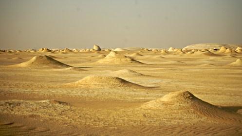 White_Desert_Sahara_el_Beyda_Black_Desert_43