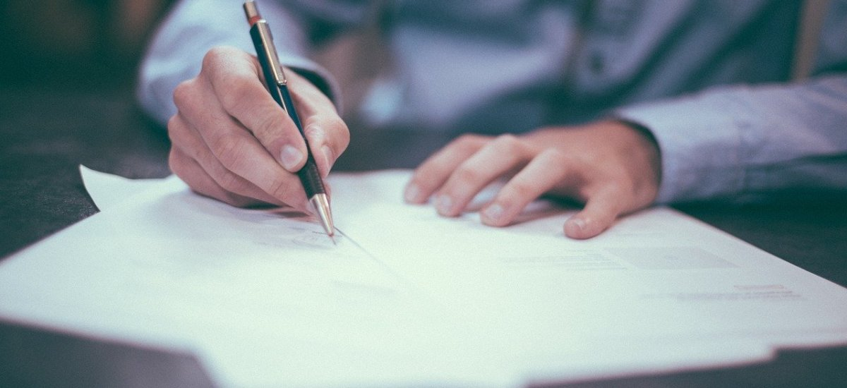 "Career Corner – Focus on your ""Paper"""