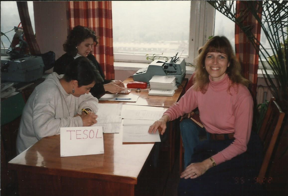 Fulbright and the Growth of a Professional Teachers' Organization – Sally La Luzerne-Oi – Ukraine 1995 & 2007